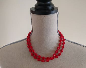 Vintage Red Bead Necklace.