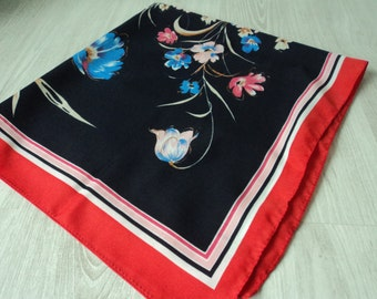 REDUCED - Italian vintage floral decorative scarf   (03816)