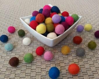 30 Wool Felt Balls (2cm) Choose Your Colors.