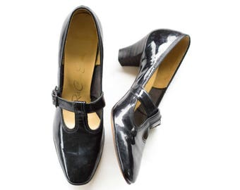 Black patent leather t-strap mary janes SIZE 7 1/2 AAA