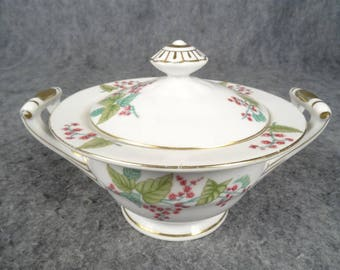 S.G.K Lidded Sugar Bowl Gold Trim Floral Pattern Made In Occupied Japan