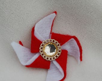 Girls Red and White Pinwheel Hairbow