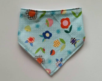 Flowers and ladybugs bandana baby bib, blue cotton print, plain white minky backing, Australian handmade