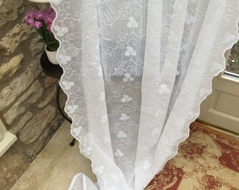 ORCHID Exquisitely embroidered WHITE curtain panel, scalloped edges (voils, nets) and velvet ties from Scandinavia
