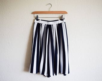 Vintage Monochrome High Waist Shorts / Stripe Black And White Culottes