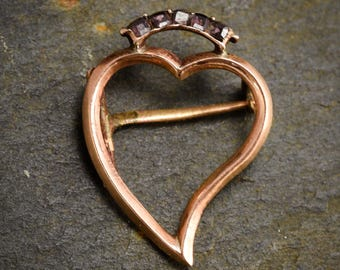 Antique Georgian Crowned Witch's Heart Brooch set with Almandine Garnets in 9k Rose Gold, c1820