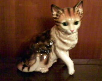 """Cat Figurine - Vintage Calico Tabby - Tall 7"""" by 6"""" wide - Kitten - Kitty - Good Condition - Brown White  w Blue Eyes"""