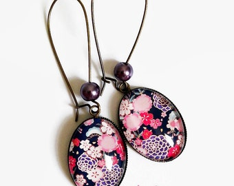Earrings * flowers Japanese fabric way * glass cabochon