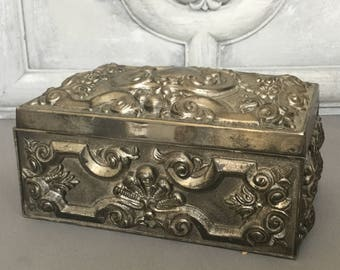 Silver Metal Jewelry Box / Ornate Silver Box / Silver Jewelry Box/  Trinket Box