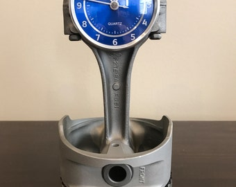 Ford 302 5.0L Mustang piston and rod clock