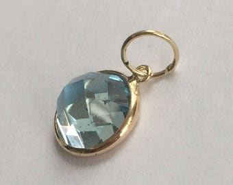 14k solid yellow gold and blue topaz cabochon charm, checkered top