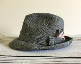 Men's Vintage Gray Tweed Dobb's Fifth Avenue New York Fedora Hat with Feather, Size 7 1/4 Large