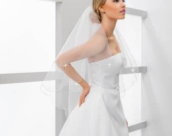 Fingertip Bridal Wedding Veil Handcrafted Scalloped Beaded Edge Veil