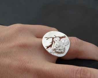 Silver SOPHIA ring. Big round disc ring with rose. Sterling silver ring with flower and branch. Rose ring. Branch. Big disc. Statementring