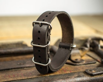 Handmade nato, nato strap, leather watch strap 18 mm. Made of leather.
