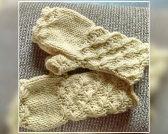 Beautiful cream Aran wool mittens / arm warmers for women.