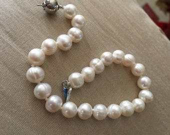 White pearl bracelet 7 -8 mm AAA auality highluster