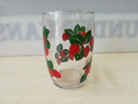 Fruit Glas, strawberry (multiple available)