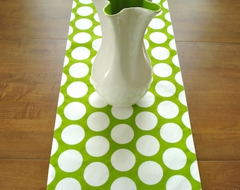 Table Runner / Dining Table Runner / Fabric Table Runner / Green and White Dot Table Runner/ Buffet Runner / Spring Table/Made To Order