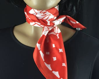 """Vintage 1970s Vera Scarf / 70s Geometric Bandana Mod Scarf White Red Silky Neck Scarf Head Scarf 26"""" Square Designer Scarf Gift for Her Japa"""