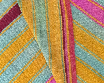 Peruvian Rug // Frazada  // wool rug // handwoven rug // tropical decor