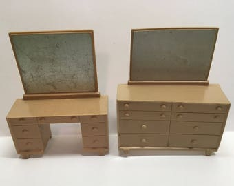 Marx Bedroom Dresser & Vanity with Mirror vintage plastic dollhouse furniture