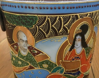 Japanese Porcelain Biscuit Jar- Decorated in Beautiful Japanese Figures.
