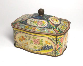 Vintage Floral Tin - Made in Holland Container