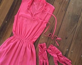 Vintage retro womans dusty pink dress suit