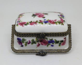 Porcelain Trinket or Pill Box with Pink Roses, Pill Box with Handle, White Pink Trinket Box, Purse Pill Box