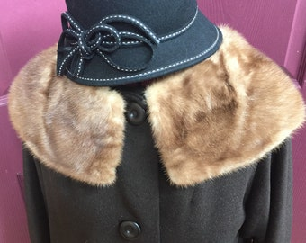 Gorgeous! Perfect condition! Mink collar coat!