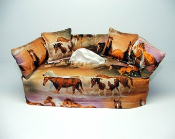 Horses grazing fabric tissue box cover.