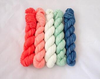 Gradient Kits // Hand-Dyed Sock Yarn // Mint & Coral // 463yd/100g // 5 Mini Skeins of Yarn