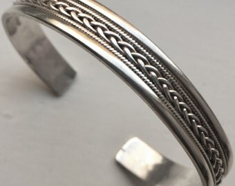 Vintage 925 sterling Silver Bangle cuff Bracelet 20.6g 10mm 7 inches gift