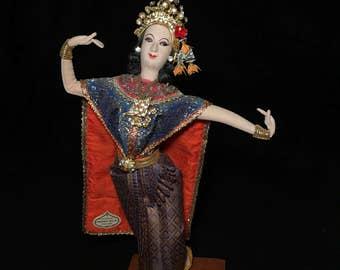 c.1980 Bangkok Doll THE PRINCESS Handmade THAILAND