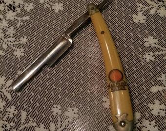 Red point straight razor antique straight razor victorian striaght razor victorian shaver antique shaver