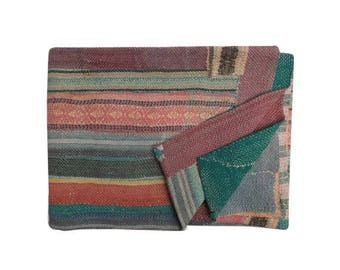 heavy, old kantha quilt, vintage kantha quilt, handmade quilt, kantha throw, coverlet