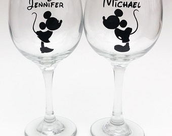 Disney Bride and Groom Wine Glasses - Personalized Disney Themed Wedding Wine Glasses - Mickey and Minnie Wine Glasses - Disney Couples