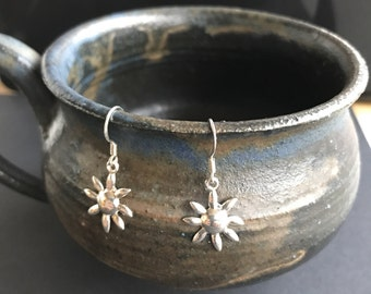 Sterling silver delicate dangle sun flower earrings 925 dangling vintage lightweight romantic sunflower