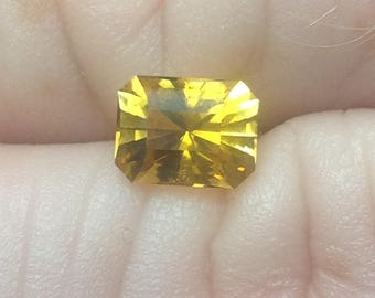 Stunning .9 ct golden tourmaline