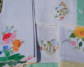 Vintage linens, napkins, mixed lot of 10, cottage chic, pastels, flowers, animals, embrodiery, wedding decor, pretty linens