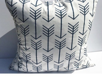 Decorative throw pillow cover, accent pillow cover , white with navy blue pillow cover,home decor pillow cover.