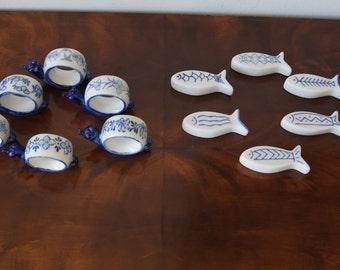 Vintage set of 6 napkin rings and 6 knife holder blue white decor