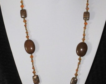 Chunky brown and gold necklace