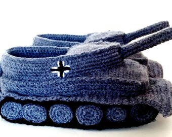 Tank Slippers in Grey Gift for Men EU Shoe Size 44