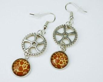 Earrings gears with giraffe pattern on Silver earrings earrings jewelry hanging earrings steampunk gear giraffe fur Africa