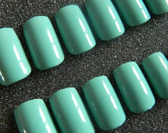 Turquoise Square False Nails.