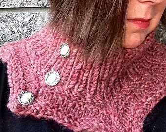Pointy pink cowl