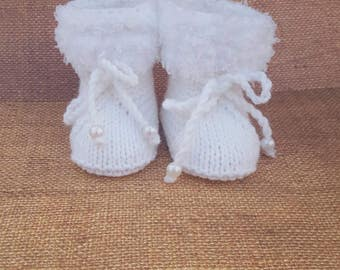 White Booties, yellow booties, take home outfit, announcement, pregnancy,newborn baby gift, christening, baptize