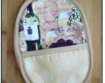 Potholder mitt and scrubbie  (wine-themed)